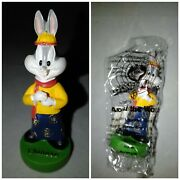 Looney Tunes 1x Bugs Bunny Chinese Wb Around The World Figurine - New In Bag