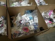 200 Piece Name Brand New Necklace Bracelet Earring Ring Mixed Jewelry Lot 200lt