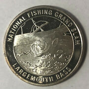 Largemouth Bass North American Fishing Club 1 Ounce .999 Silver Round Sr87