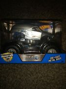 N.e.a. Police New Earth Authority 1/24 Scale Monster Jam Truck Hot Wheels New
