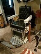 1930s Emil J. Paidar Of Chicago Barber Chair