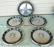 1971-1973 Ford Mustang Used Hubcap Wheel Covers 14 Hub Caps 3284