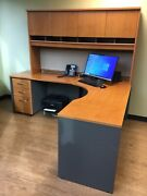 Office Desk With 2 Locking Filing Cabinets- Excellent Condition- 350