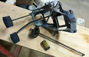 1980-86 Ford F150 F250 F350 Bronco Clutch And Brake Pedal Assembly Mechanical