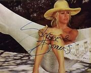 Suzanne Somers Signed 8x10