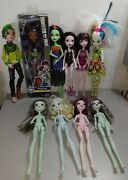 Monster High Doll Lot Of 10 Clothed No Clothes 1 Electronic Doll 1 Missing Hand