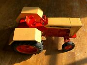 Vintage Case 1030 Flat Top Fender Comfort King Tractor By Ertl In 1/16th Scale