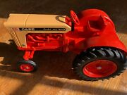 Vintage Case 930 Round Top Fender Comfort King Tractor By Ertl In 1/16th Scale