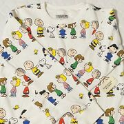 Forever 21 Peanuts 2016 Sweater - L