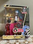 Monster High Mattel 2011 Ghoulia Yelps Physical Education Doll New In Box