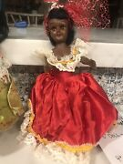 Set Of 2 Vintage Dolls Of The World Collectibles And Antique. 1960's
