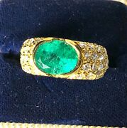 Look--2.12 Carat Natural Emerald And Diamonds In 18k Solid Yellow Gold Ring