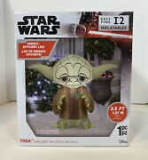 Christmas Decoration Yoda With Holly Berry And Stakes 3 Ft. Inflatable Led Light
