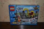 Lego City 7936 Level Crossing New And Unopened