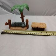 Fisher Price Little People Nativity Set Replacement Hay Trough And Palm Tree/fence