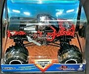 Spin Master Monster Jam Authentic 2020 1/24 Northern Nightmare Truck New Htf
