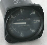 United Instruments Aircraft Vertical Speed Indicator