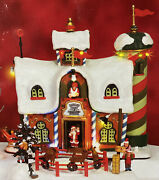 Lemax Christmas Village 2006 Reindeer Corral Set Of 4 Sound, Motion And Lights