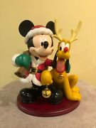 Disney Magical Big Fig Figurine - Mickey Mouse And Pluto Happy Holiday