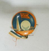 1939 New York Worlds Fair The Dawn Of A New Day Pin Back Button Tf