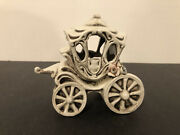 """Capodimonte Porcelain Horse Carriage Figurine W/flowers 4 1/2 X 4"""" Made In Italy"""
