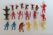 Lot Of 19 Vintage Native American Indian Plastic Toy Figures - Some Marx Mpc
