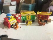 Vtg. Fisher Price Little People 991 3 Car, Circus Train Set 3 Animals