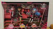 Monster High 3 Pack Fearleading Draculaura Ghoulia Cleo. New In Box