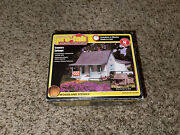 Woodland Scenics Country Cottage Building Kit N Scale. New Pf5206
