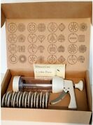 The Pampered Chef Cookie Press 16 Discs 1525 New In Box