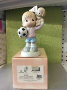 Precious Moments Figurine 813044 A Winning Spirit Comes From Within 2000 - New