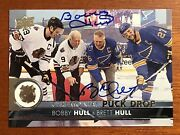 Brett And Bobby Hull Dual Signed 2017-18 Ud Hockey Cpd-10 Ceremonial Puck Auto W@w