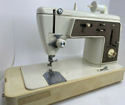 Singer Touch And Sew Sewing Machine Deluxe Zig Zag Model 636 With Case