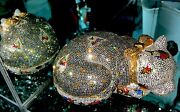 Judith Leiber Resting Hearts Love Cat Crystal Clutch And Pillbox Set