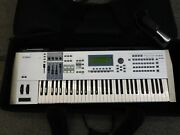 Pre-owned Yamaha Motif Es6 Keyboard Synthesizer W/ Stand Case And Foot Petal