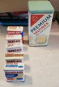 Vintage Band-aid Flexible Fabric Bandages Tins And Saltines Tin