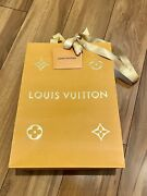 """Louis Vuitton Holiday Edition Paper Gift Shopping Bag Small Sz 9 X 7 X 4.5"""""""