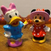 Fisher Price Little People Magic Of Disney Minnie Mouse And Daisy Duck 2015