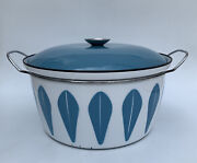 Catherine Holm 12.5 Covered Dutch Oven Blue Lotus Pattern.