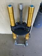 Ducati Supersport 939 S 939s Front Ohlins Forks 34520881a 34420881a Tree Axle
