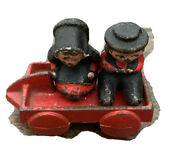 Vintage 30s Cast Iron Amish Folk People, Cart With 2 Figures