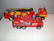 Vintage 1978 Tonka Hook N Ladder Red Fire Recue Truck Fire Truck 3 And 9 W/figures