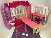 Mattel - 2014 - Barbie - Glam Getaway - Fold Out / Carry House