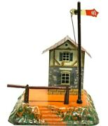 Vintage Pre-war Bing Small House And Crossing Gate And Semaphore For 0-gauge