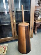 Primitive 22andrdquo Rustic Farmhouse Wooden Staves Butter Churn With Lid And Dasher