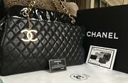Full Set Black Quilted Leather Cc Charm 24k Gold Chain Xl 17 Tote Bag