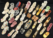 Lot Of 42 Miniature Shoe Figurines, Large Collection, Various Styles And Patterns
