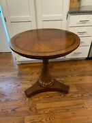 Ethan Allen Townhouse Carved Pedestal Table Round End Table Accent Table 30-8204
