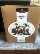 Membersmark Hand Painted 16 Piece Porcelain Nativity Set Holiday Collection 2005