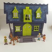 Scooby Doo Mystery Mates Haunted Mansion Playset W/ Scooby Shaggy Velma And Fred